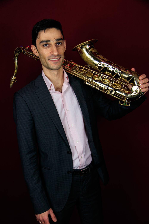 musiker-jazzduo-leipzig-tenorsaxophon-artem-sargsyan